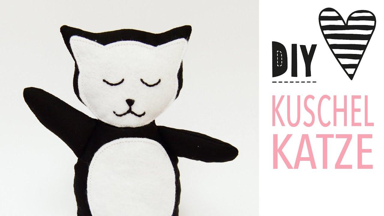 Kuscheltier Katze nähen mit kostenlosem Schnittmuster - YouTube