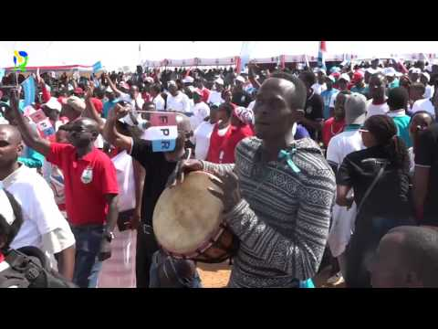 HAPPY People Dancing and HE Kagame joins them after his speech  at KICUKIRO #RPFcampain2017