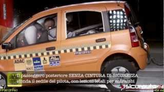 Crash test ADAC senza cinture di sicurezza posteriori