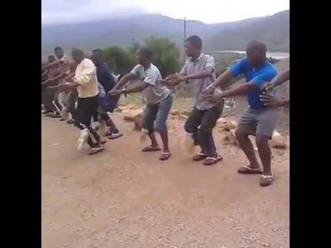 Thina siyayishebeleza ingoma_yashingoma!!!