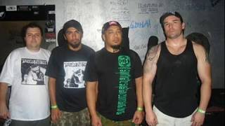 Scum Noise - Discrimination - Brazilian Crust-core