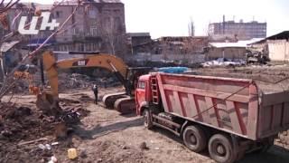 Երեւանի կենտրոնում շինարարության հետեւանքով տները փլվում են