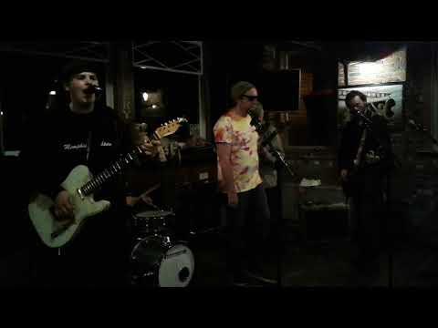 Memphis Lightning with guests Matt Buchanan and David Engel Run of the Mill 5.1.18