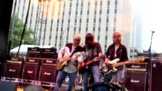 """Ronnie Montrose and Pat Travers - """"Bad Motor Scooter"""""""