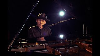 シンガーソングライター始動となる注目の楽曲は、作曲を村松崇継、作詞...