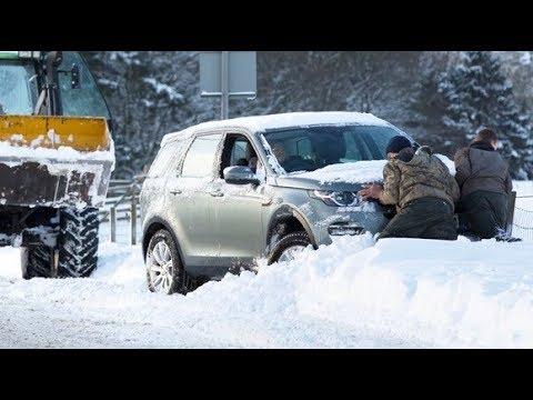 Fresh UK snow warning after hundreds left stranded | ITV News