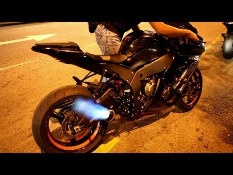 2013 ZX-10R with M4 Exhaust - Loud & Fire!