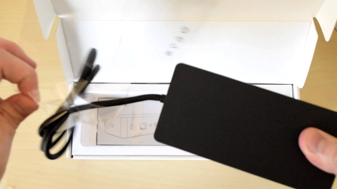Unboxing the new Docking Station for the Surface Book and Surface