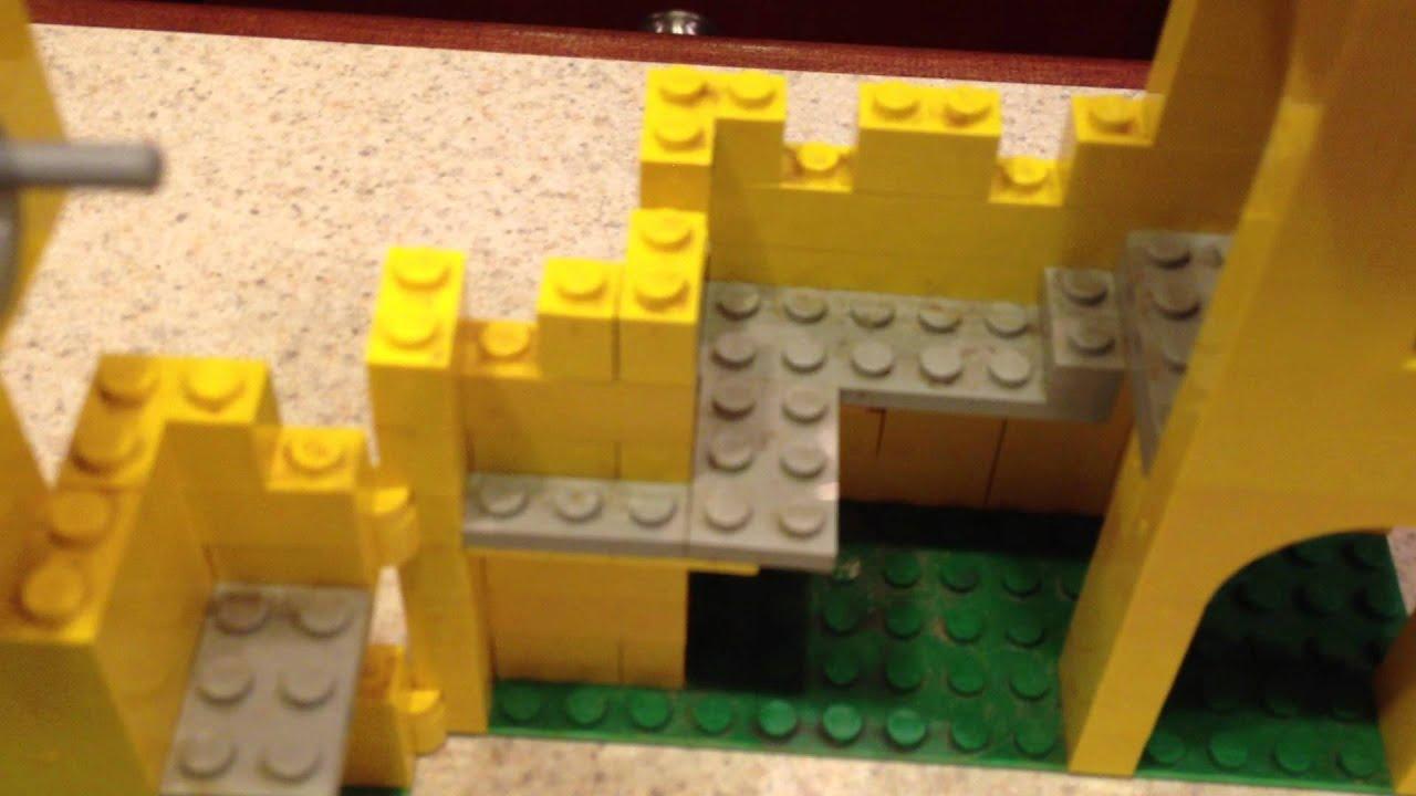 Lego Set 375 6075 Original Yellow Castle With Mini Figs Box