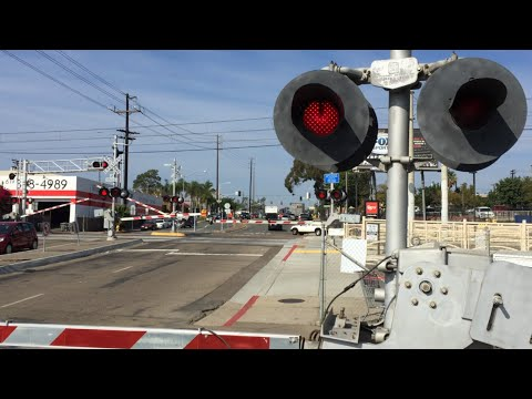 South 28th Street Double Railroad Crossing, San Diego MTS Trolley Light Rail, San Diego CA