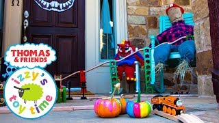 HAPPY HALLOWEEN! Thomas and Friends OUTSIDE SCARY TRACK! Fun Toy Trains for Kids with Brio