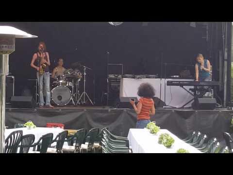 Soundcheck Ladies Live Band, auf dem Stagemobil L  in Schkeuditz bei Leipzig