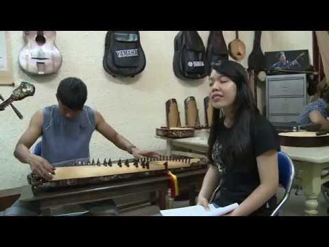 Vietnamese Tai Tu Music/ Huynh Khai Ensemble