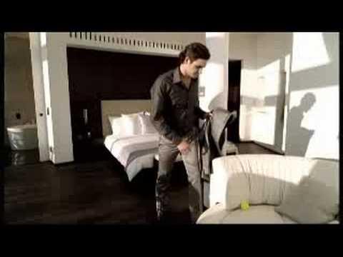 """Roger Federer Commercial """"Nationale Suisse"""""""