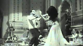 Cantinflas  Bailando Cumbia thumbnail