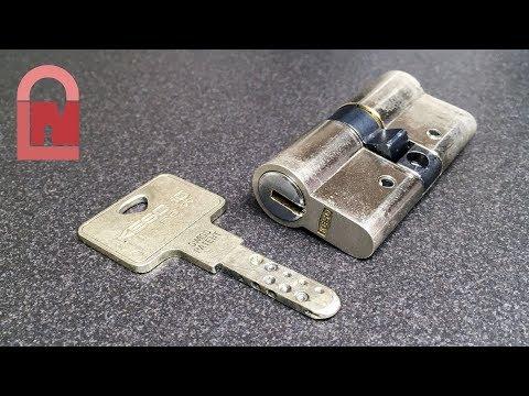 Взлом отмычками KESO 10 RS  KESO 10 RS Tri-Axis Dimple Lock Picked ()
