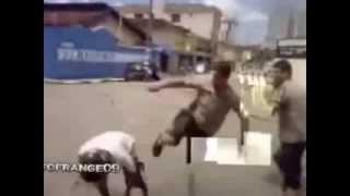 уличные драки драки мордобой махач жесткая драка