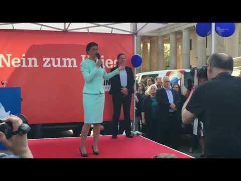 Sahra Wagenknecht am Brandenburger Tor: Schluss mit dem Krieg gegen Syrien #Neinzumkrieg