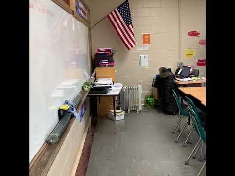 Conotton valley High School: tour de la escuela