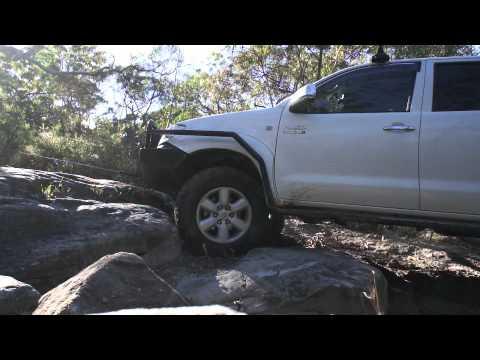 Toyota Hilux vigo sr5 3.0 turbo diesel 4x4 Offroad Suspension test before air locker installation