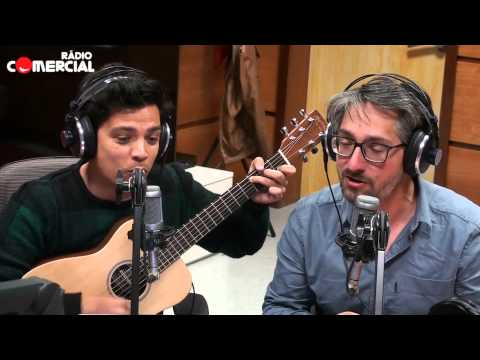 «Vais Levar Com O Figo, Blatter» música de apoio a Figo da Rádio Comercial