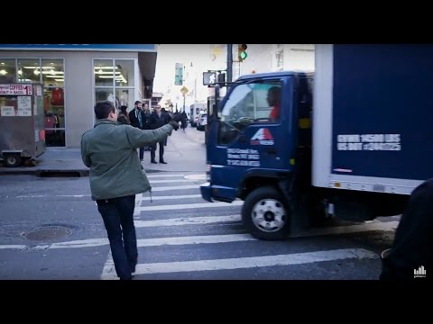 Thumbnail: Vision Hero: Watch This Fed-Up Pedestrian Confront Lousy NYC Drivers
