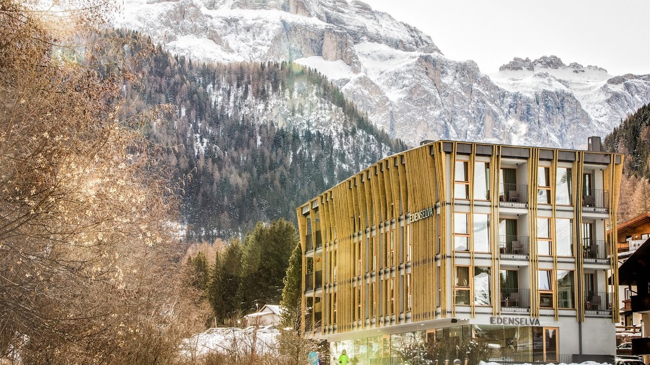 Lignoalp albergo in legno a selva di val gardena bz for Design hotel eden