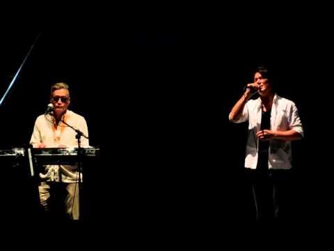 AQUA PARK ×Skoop On Somebody Special Dolphins Performance
