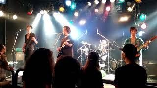 IRON THUMB// 東京のへヴィメタルバンド。1995年結成。メンバーはイタバ...