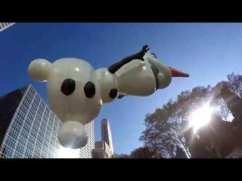 """Desfile de globos  gigantes  de Macy""""s Manhattan NYC 2017  #1 Macy""""s parade 2017"""