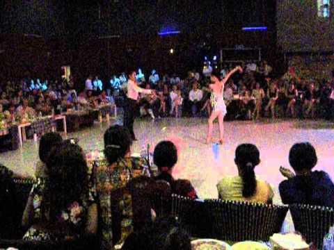 Khieu vu Quy Nhơn (HQ Dance Center) Huy Quyên - Rumba chacha
