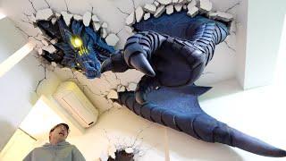 天井ブチ破ってドラゴンが部屋に来るドッキリ