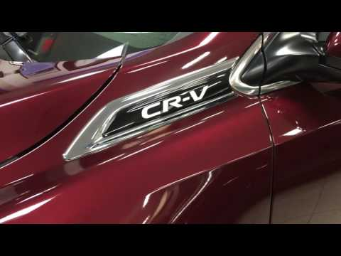 2017 Honda CR-V Accessory Demo