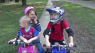Jasmyne's Razor Sweet Pea Pocket Mod Scooter and Mikey's Razor MX350 Electric Dirt Bike