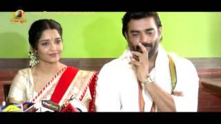Actor Madhavan Celebrates Pongal With PK Director Rajkumar Hirani, Ritika | Mango News