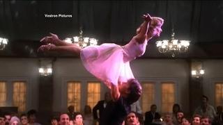 Download lagu Jennifer Grey reveals new behind-the-scenes secret of 'Dirty Dancing'