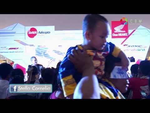 Stella Cornelia - Dekat Di Hati (RAN Cover) At Cibinong City Mall
