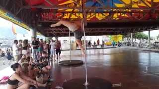 URBAN SHAPE: POLE LAKE  pole dance à Genève