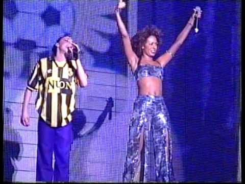 Spice Girls - Sisters (Are doin' It For Themselves Live In Arnhem