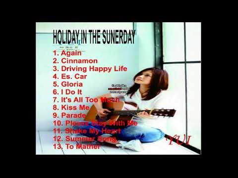 ALBUM HOLIDAY IN THE SUNERDAY - YUI YOSHIOKA