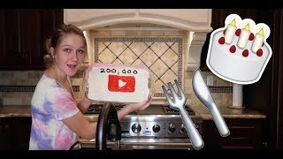 BEST CAKE EVER? | BAKING WITH TAYLOR