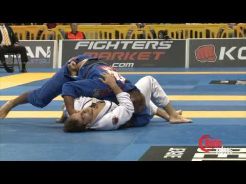 Bernardo Faria vs Luiz Panza - IBJJF Worlds 2013
