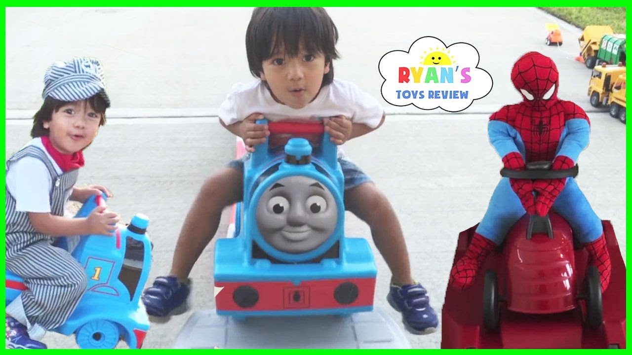 337c6592867 Your little conductor will love getting on the express train to dreamland  with this Thomas the Tank Engine toddler bed.I have been known for planning  trips ...