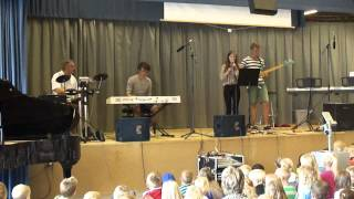 Download Video Lukas Graham medley - Ulkebøl Skole 2012 MP3 3GP MP4