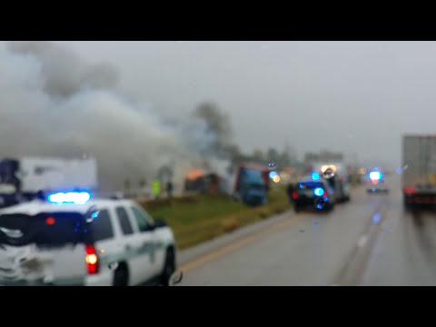 I-40, West Memphis, AR truck crash