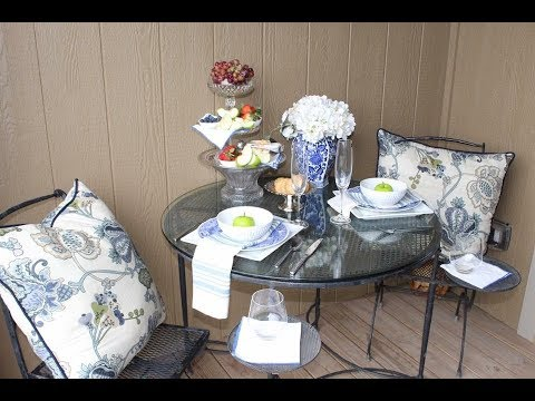 Spring Small Patio Decor / How To / Decorate A Small Porch
