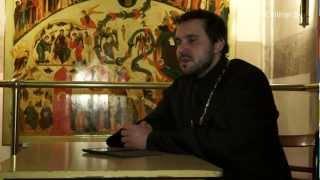 Священник: кто устанавливает цены на церковную утварь(Читайте полное интервью на: http://dengi.onliner.by/2013/02/28/video-tserkov ------------------------- Канал сайта Onliner.by: видеорепортажи..., 2013-02-27T19:35:58.000Z)
