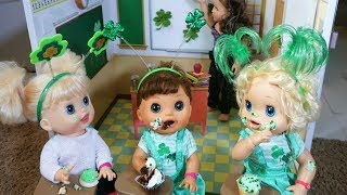 BABY ALIVE Goes To School For St. Patricks Day Party!