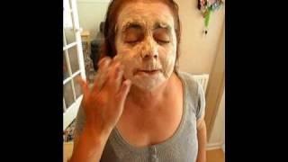 SUSAN BOYLE USING FACEPACK Thumbnail