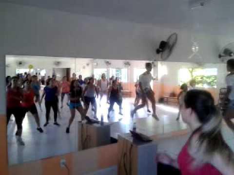 Aula Academia Dance Mais Prf Apoliana Oliveira (Tempo de Alegria)
